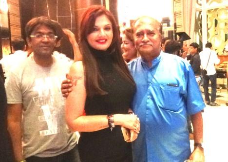 Jyothi Venkatesh, Deepshikha Nagpal, Tanmay Bharadwaj at SAVVY HONOURS