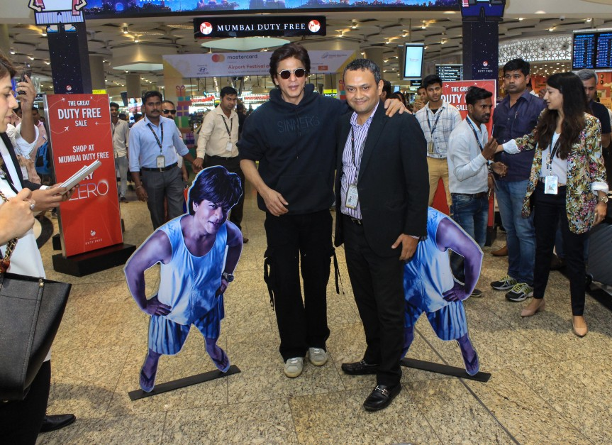 SRK with Manishi Sanwal, CEO Mumbai Duty Free promoting Zero